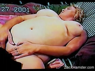 VHS rip porn video with a fat mommy and her dog