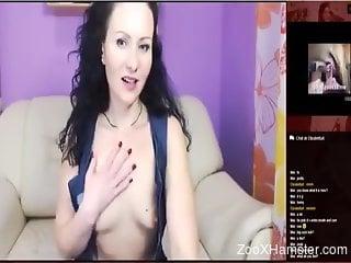 Stockings-clad chick masturbates to zoo porn